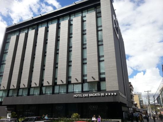 Hotel exe bacat 95 keraben contract for Hotel design genes